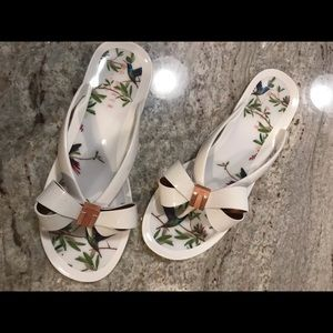 Ted Baker Bow jelly sandals white rose gold 39